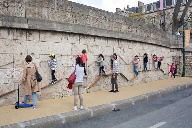 mur d'escalade/rives de Seine