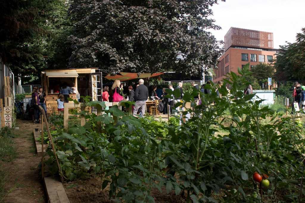 La f te de printemps du jardin partag des tours au jardin for Au jardin paris