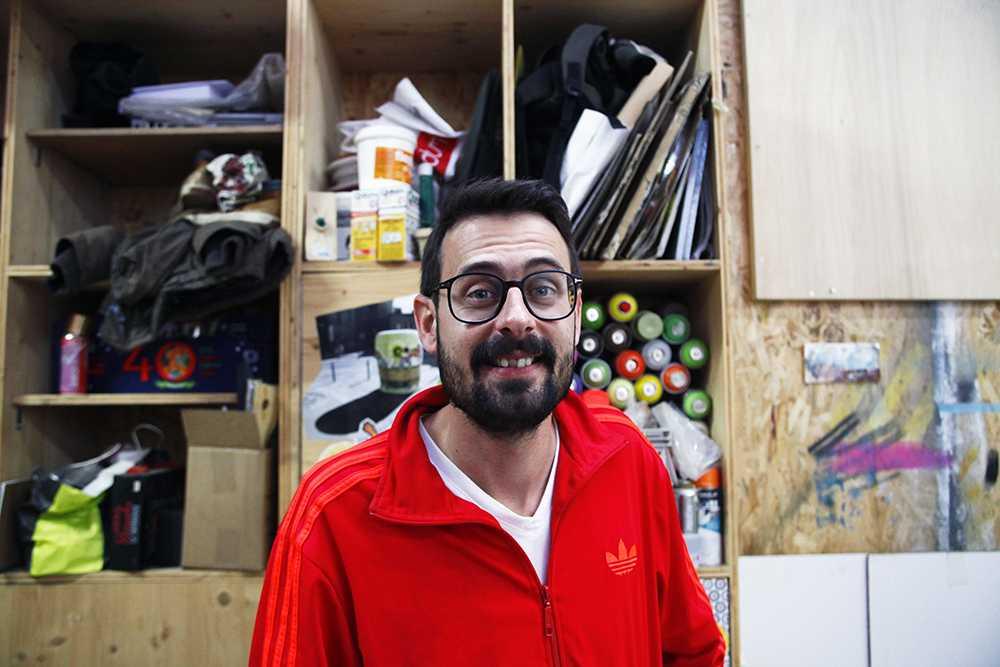 Jean Baptiste Colin dit JBC dans son atelier