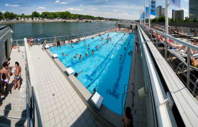 Piscines d couvertes plongez ciel ouvert que faire for Piscine paris 13