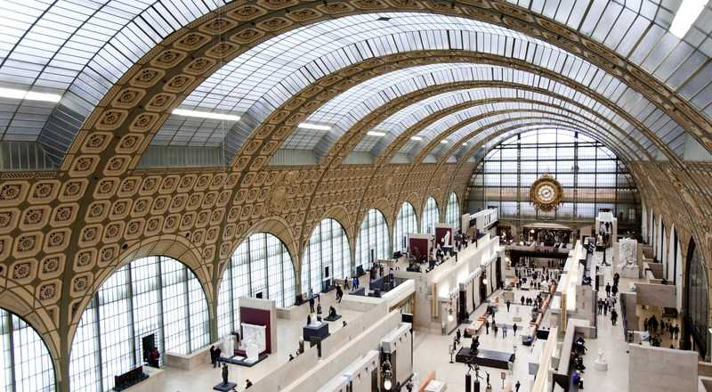 Museo de Orsay con techo de vidrio