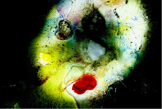 dispositif psychédélique que Roland Dubillard fabriquait dans ses nuit d'écriture avec de l'aspirine effervescent