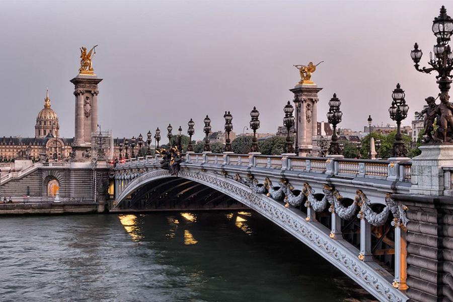 photographie d'un pont de Paris