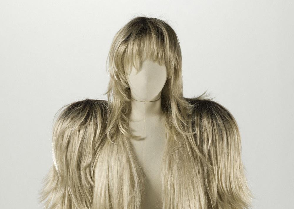 veste-perruques et postiche, Automne-hiver 2008-2009 (collection « Artisanal »), puis Printemps-été 2009