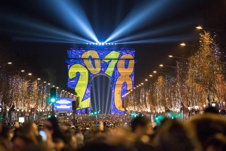 Illumination de l'Arc de Triomphe pour le 31 décembre