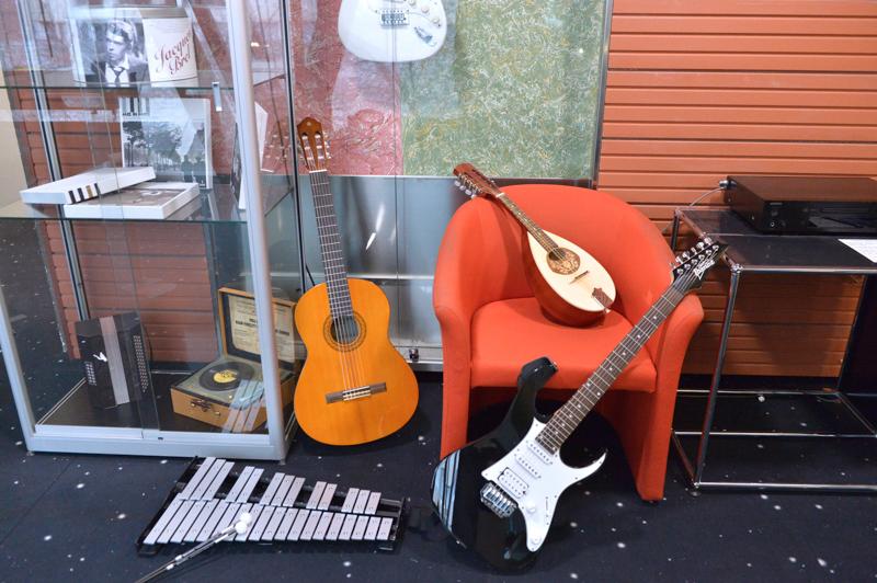 Divers instruments de musique