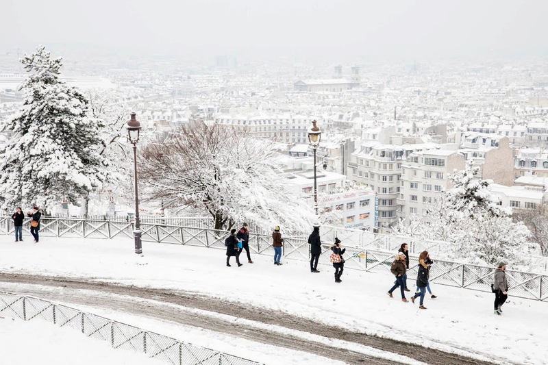 Vue de Paris sous la neige