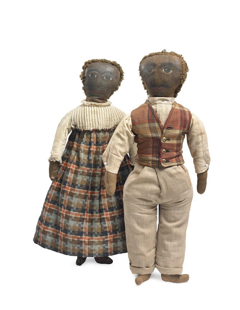 Auteure inconnue, Couple en habits du dimanche aux visages peints, États-Unis, circa 1890-1910, matériaux divers, cuir.