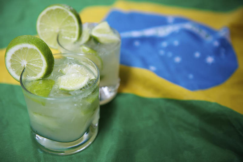 Cachaça et drapeau brésilien