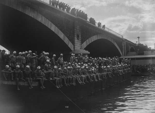 Paris à la nage 1906