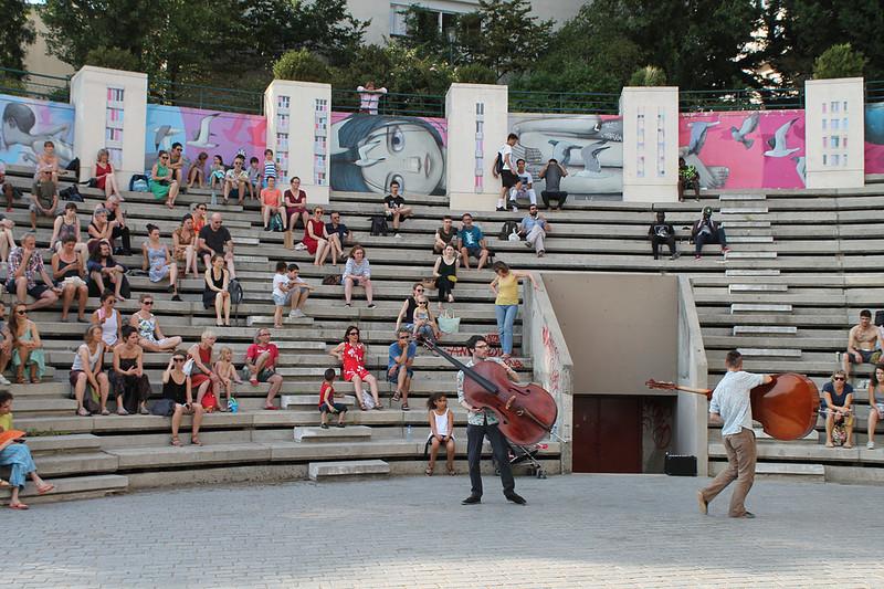 Rencontre entre arts, espaces urbains et spectateurs...