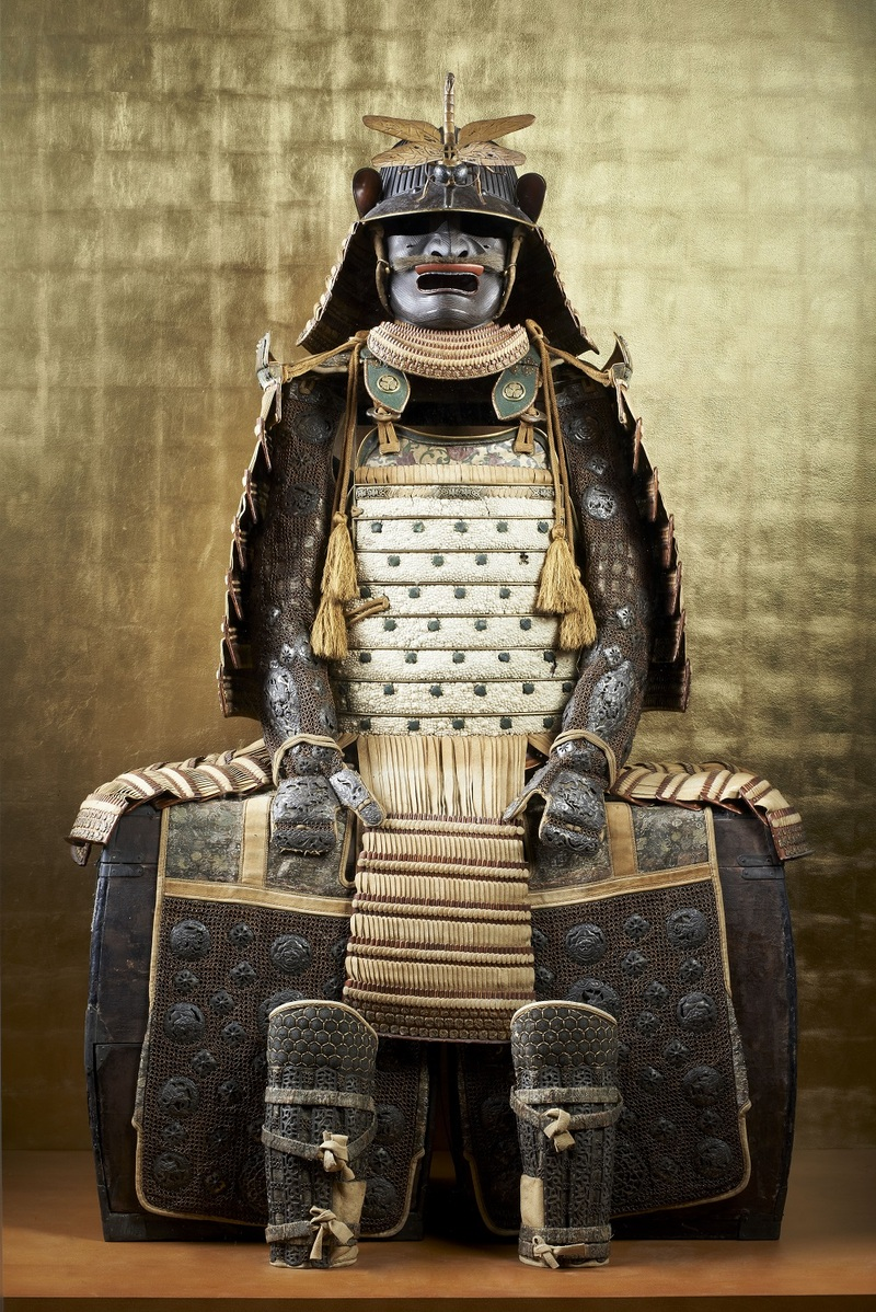 Armure du clan Matsudaira Époque d'Edo (1603-1868), fin 17ème - début 18ème siècle Fer, galuchat, daim, cuir, laque, soie