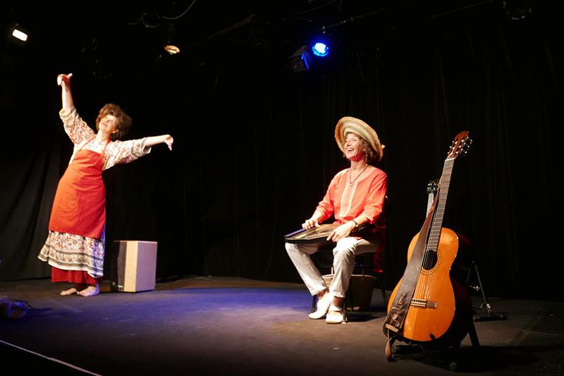 Le duo mouveLOReille sur scène