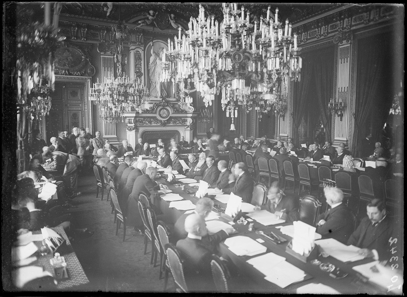PARIS, QUAI D'ORSAY, SALON DE L'HORLOGE DU MINISTÈRE DES AFFAIRES ÉTRANGÈRES Séance d'inauguration de la Conférence de la paix, 18 janvier 1919
