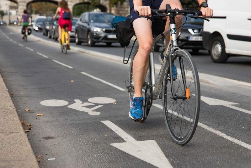 Cyclistes parisiens et parisiens
