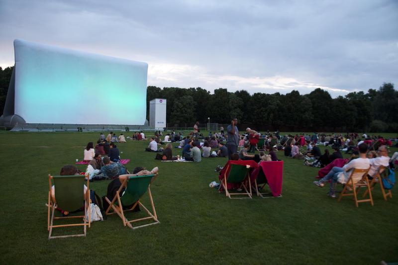 Cinéma en plein air parc de la villette