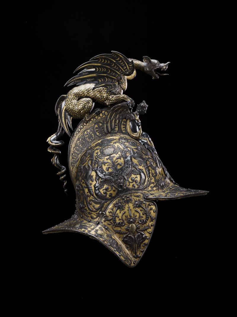 Bourguignotte de « l'ensemble à la chimère », Paris, musée de l'Armée