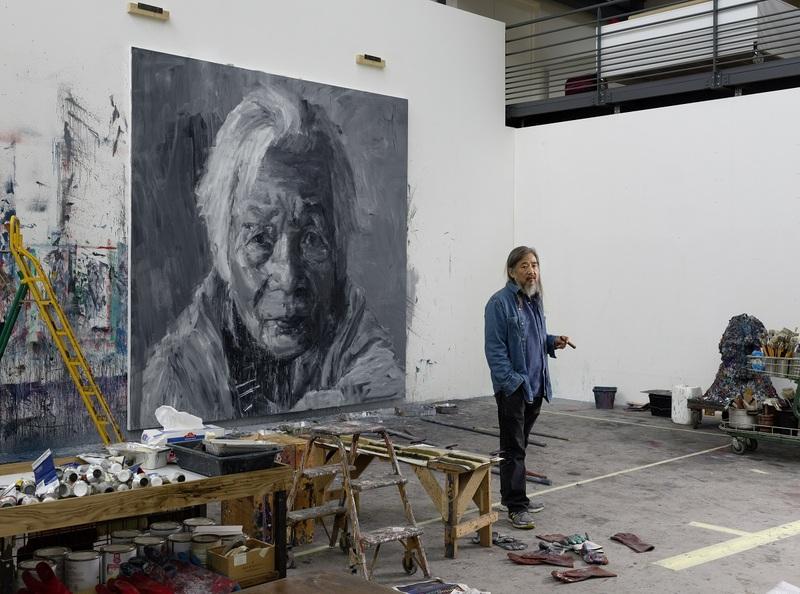 Yan Pei-Ming dans son atelier, Dijon, 2019