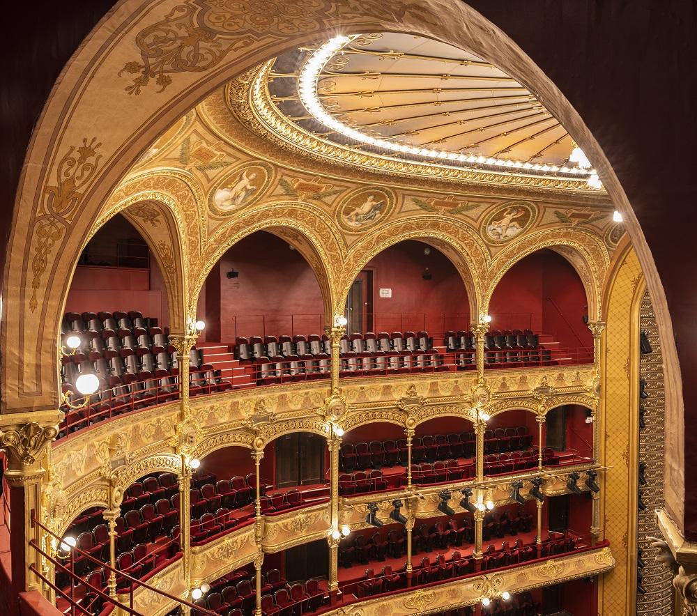 Le Theatre Du Chatelet Parade Pour Sa Reouverture Que Faire A
