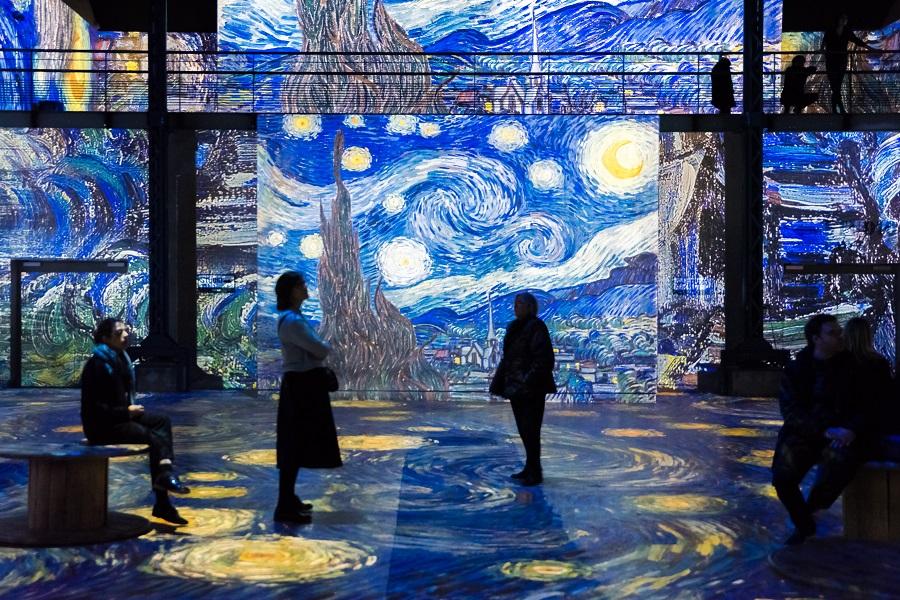 Van Gogh, La nuit étoilée à l'Ateliers des lumières