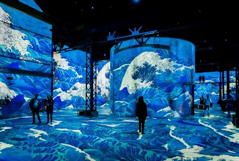 Japon Rêvé, images du monde flottant  aux Ateliers lumières