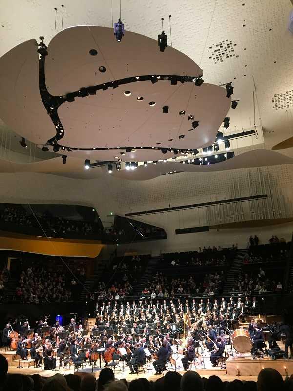 Lionel Sow et l'Orchestre de Paris à la Philarmonie