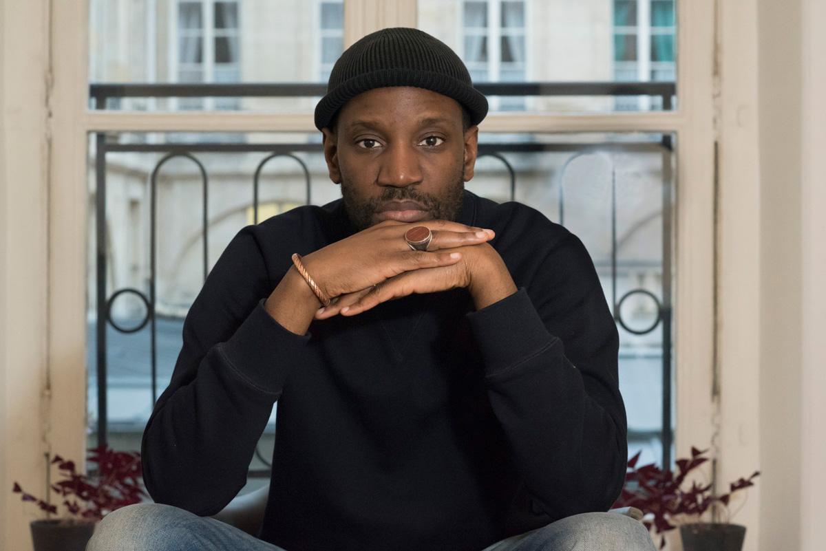 """Abd Al Malik présente son nouveau spectacle, """"Le Jeune Noir à l'épée, du 17 au 19 janvier au théâtre de la Ville."""