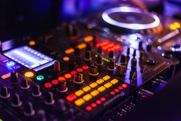 Table de mixage / dj