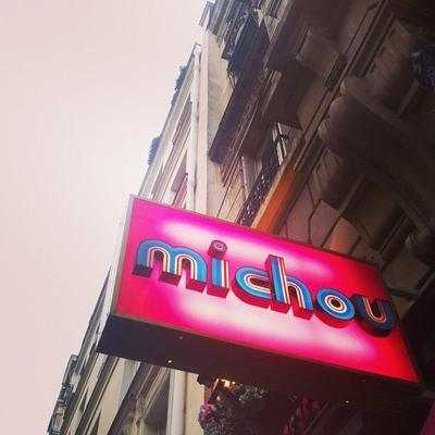 Cabaret chez Michou