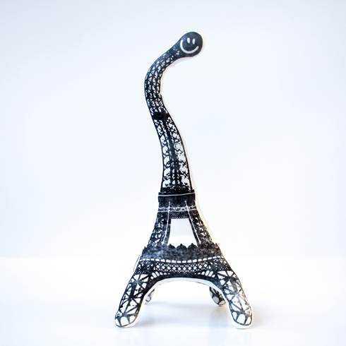 YogEiffel, la tour Eiffel version YogiToy